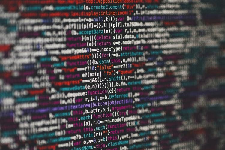 Reti neurali artificiali al servizio della traduzione