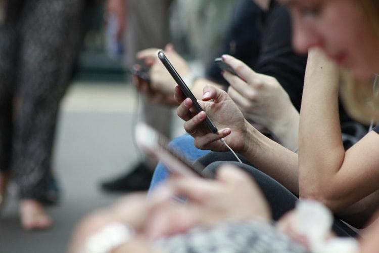 people-share-condividi-contenuto