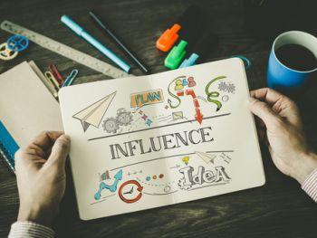 micro-influencer-chi-sono-queste-figure-attorno-a-cui-gira-il-digital-marketing